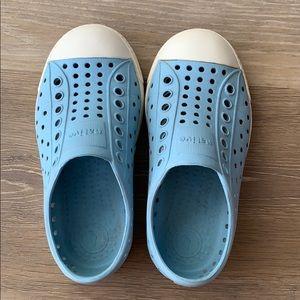 Light Blue Native - size 9 (toddler- unisex)